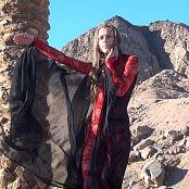 PilGrimGirl Dance In The Desert HD Video