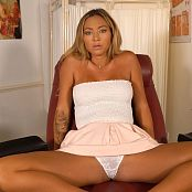 Natalia Forrest Flashing The Doctor HD Video
