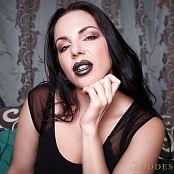 Alexandra Snow Dark Lipped Boss HD Video