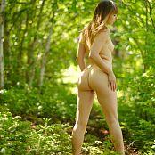 Ariel Rebel Dans Les Bois Picture Set 002