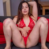 TeenMarvel Naomi Touchy Picture Set & HD Video