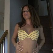 Download Blueyedcass Yellow Bra & Panties HD Video