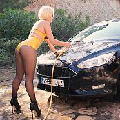 Download Lara Larsen Kinky Car Wash HD Video