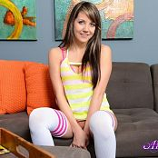 Download Andi Land Pink & Yellow Picture Set 612