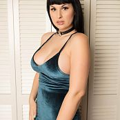 Download Bailey Jay Neck Collar Picture Set