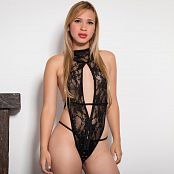 Download Luisa Henano Lacey Black Lingerie TM4B Picture Set 002