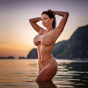 Download Bianca Beauchamp Sizzling Sunset Dreams Picture Set