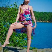Download Jeny Smith Beach Picture Set