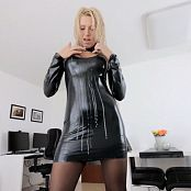 Download Daynia Latex Anal Hooker & Piss Drink HD Video