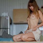 Download Ariel Rebel Nude Picture Set 003
