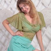 Download Fiona Model Picture Set 364