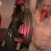 Download AstroDomina Three Levels of Paddling HD Video
