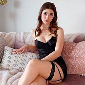 Download Eva De Vil Bondage Bitch HD Video