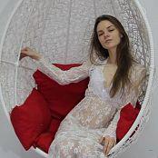 Download Alisa Model Striptease HD Video 014