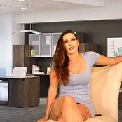 Download Bratty Bunny Cannot Sue Bunny HD Video