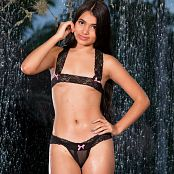 Download Sofia Sweety Under The Waterfall Bonus LVL 3 Picture Set 006