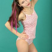 Download Newstar Lola 3 Picture Set 605