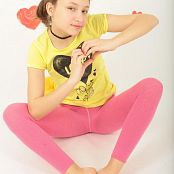 Download Newstar Lola 3 Picture Set 606