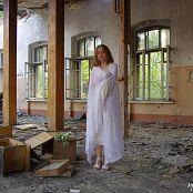 Download MarvelCharm Nicolette Ruins Picture Set
