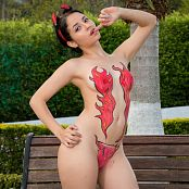 Download Clarina Ospina Red Flames TM4B Picture Set 004