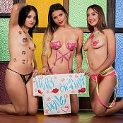Download Azly Perez, Clarina Ospina & Poli Molina Happy Dave TM4B Custom Picture Set