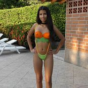 Download Wendy Mazo Cute Thong & Body Paint TCG 4K UHD & HD Video 014