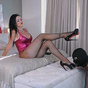 Young Goddess Kim Human Cushion slave Video 140419 mp4