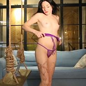 MarvelCharm Valensia Play Toy HD Video 280419 mp4