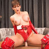 Hannah Brooks Red Llight Green Light Video 290519 mp4