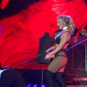 Britney Spears Live 09 Freakshow Live at The O2 Video 040119 mp4