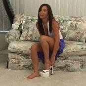 Christina Model Video 105 040119 wmv