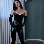 Young Goddess Kim Electro Milking Session HD Video
