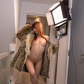 Ariel Rebel Fur Coat Picture Set