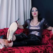 Young Goddess Kim Suffer For My Feet Video 030819 mp4