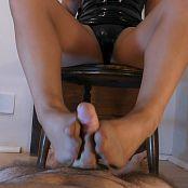 Young Goddess Kim Underdesk Torment HD Video