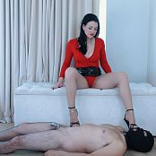 Young Goddess Kim Footslave in Chastity HD Video 030919 mp4