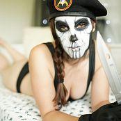 Meg Turney Caveira Make up Test 002