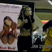 Britney Spears Mall Tour Markville Mall Video 211019 mp4