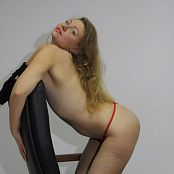 Fiona Model Striptease HD Video 159 041119 avi