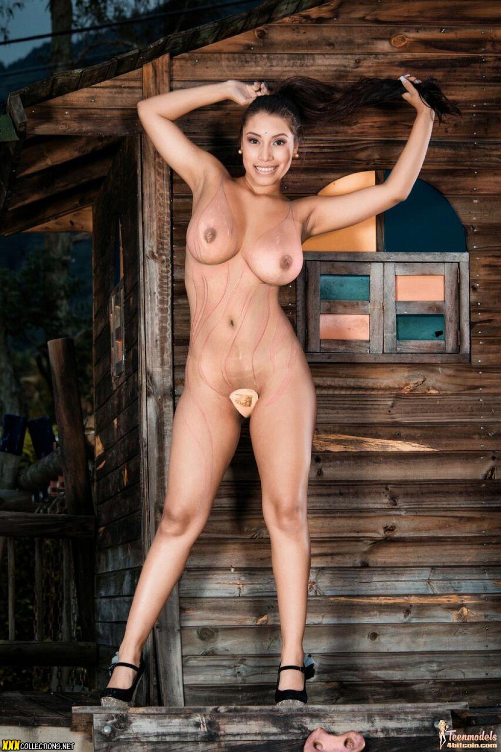 Topless models 12 Models