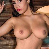 Luciana Model Topless 005
