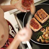 Ariel Rebel Dinner Plans Set 003 011