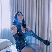 Young Goddess Kim Toxic Smoke Video 291219 mp4