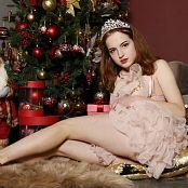 MarvelCharm Anna Late Christmas 056