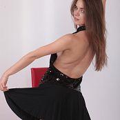 Alisa Model Set 048 008