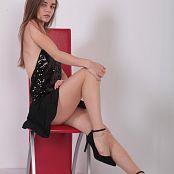 Alisa Model Set 048 032