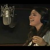 Selena Gomez 2009 Whoa oh Me vs everyone feat Selena Gomez The Making Of Video 050120 mp4