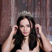 MarvelCharm Karina Your Majesty Picture Set