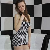 Alisa Model Striptease HD Video 031 180220 avi