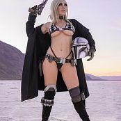Jessica Nigri Mandalorian Bikini 001